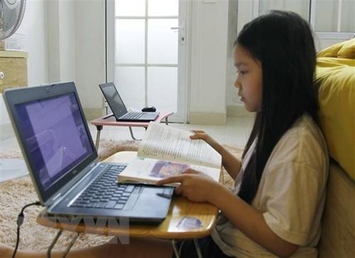 Nhà mạng tặng sim 4G miễn phí cho học sinh, sinh viên có hoàn cảnh khó khăn
