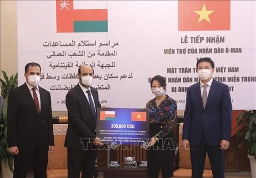 Oman ủng hộ nhân dân một số tỉnh miền Trung Việt Nam