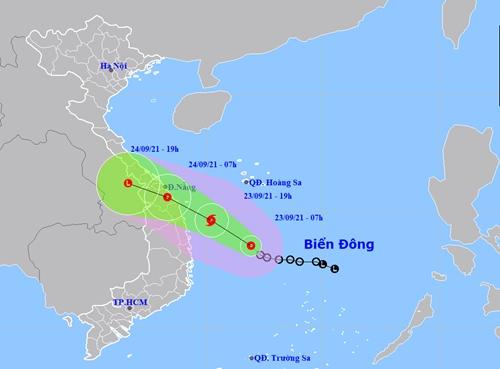 Áp thấp nhiệt đới cách Phú Yên, Bình Định khoảng 330km, gió giật cấp 9
