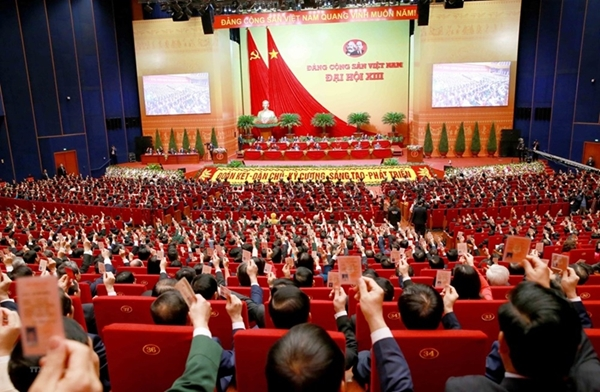 Bộ Chính trị ban hành kết luận về cơ chế khuyến khích, bảo vệ cán bộ 4 dám