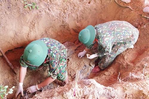 Quy tập 4 hài cốt liệt sĩ ở xã Vĩnh Ô (Vĩnh Linh, Quảng Trị)