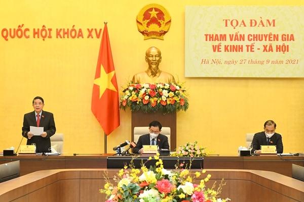 """Chuyên gia kinh tế hiến kế để Việt Nam đạt """"mục tiêu kép"""""""