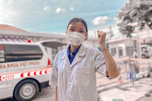 Hạnh phúc khi được tình nguyện tham gia chống dịch