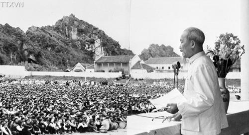 Ngày này năm xưa: 8-10-1961: Bác Hồ căn dặn đào tạo, bồi dưỡng cán bộ miền núi