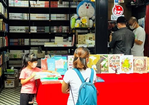 Đường sách TP Hồ Chí Minh chính thức mở cửa hoạt động trở lại
