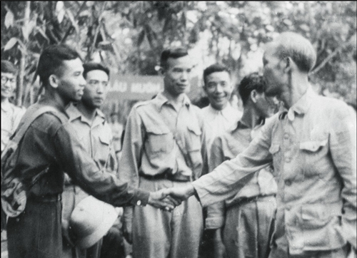 Giáo sư Từ Giấy - người thầy thuốc - chiến sĩ, nhà vệ sinh học quân sự