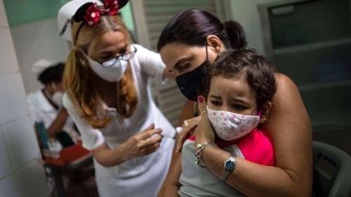 Tiêm vắc xin cho trẻ em có gì khác so với người lớn?