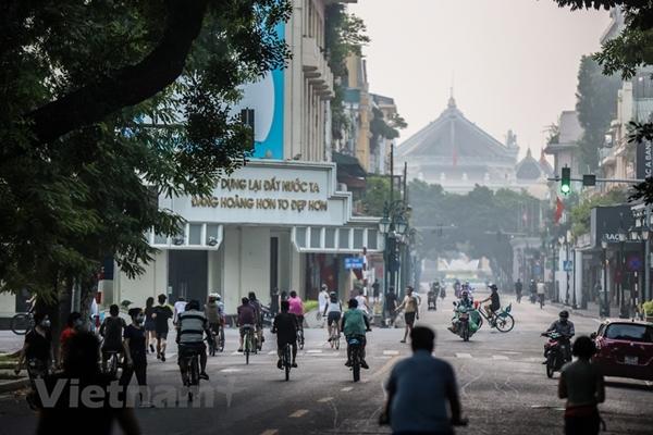 Từ 6 giờ ngày 14-10, Hà Nội cho phép khách sạn, nhà nghỉ, quán ăn trừ bia hơi …hoạt động