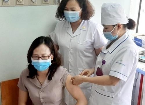Bộ Y tế triển khai tiêm vắc xin cho trẻ từ 12 đến 17 tuổi