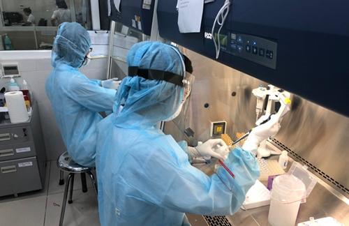 Xét nghiệm như thế nào để kiểm soát hiệu quả dịch Covid-19?