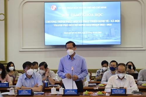 Thành phố Hồ Chí Minh cần làm gì để phục hồi và phát triển kinh tế?