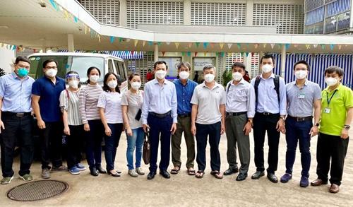 Y, bác sĩ TP Hồ Chí Minh lên đường hỗ trợ các địa phương phía Nam chống dịch