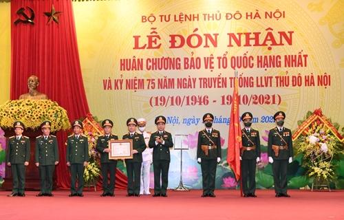 Đại tướng Phan Văn Giang dự Kỷ niệm 75 năm Ngày truyền thống Lực lượng vũ trang Thủ đô