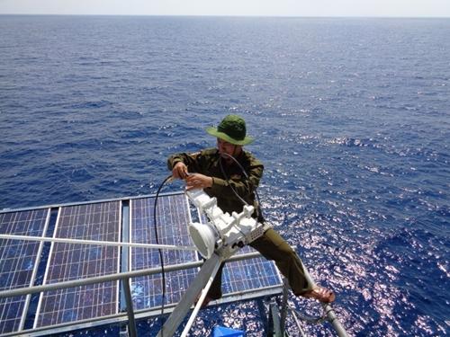 Bảo đảm thông tin liên lạc cho tuyến vận tải chiến lược biển