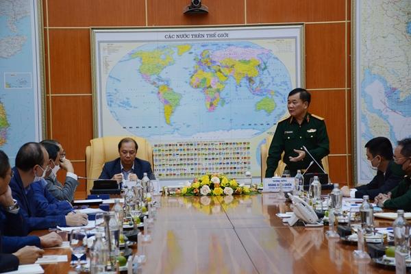 Thượng tướng Hoàng Xuân Chiến tiếp và làm việc với các đại sứ, tổng lãnh sự trước khi nhận nhiệm vụ