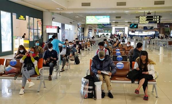 Sau 20-10, hành khách đi máy bay từ vùng cấp độ 4 vẫn phải có giấy xét nghiệm