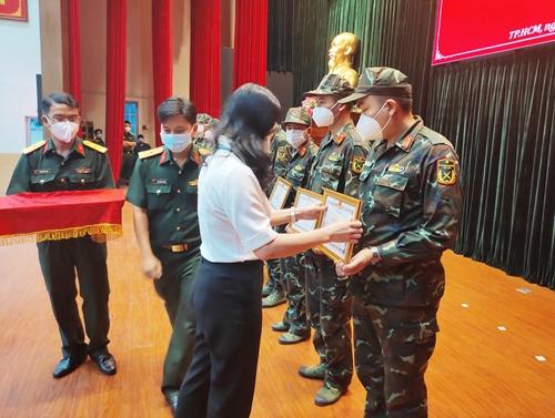Tri ân hàng nghìn cán bộ, chiến sĩ Sư đoàn 5 tham gia chống dịch ở TP Hồ Chí Minh