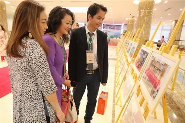 Sớm triển khai Kết luận số 12-KL TW về công tác người Việt Nam ở nước ngoài