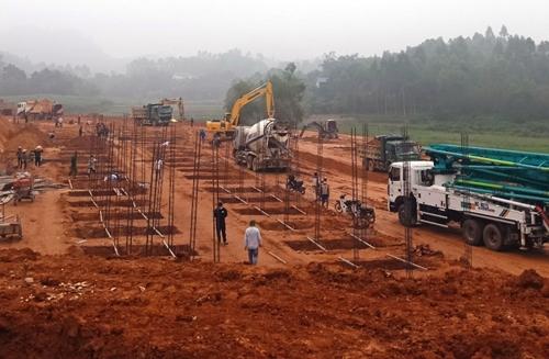 Bộ CHQS Phú Thọ: Tăng cường lực lượng, hỗ trợ khoanh vùng, dập dịch