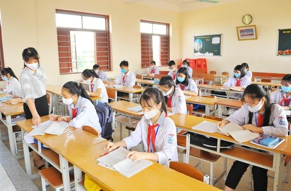 Học sinh trở lại trường có phải trả thêm phí ôn tập