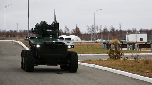 """Robot tuần tra """"Marker"""": Vũ khí bí mật bảo vệ sân bay vũ trụ của Nga"""