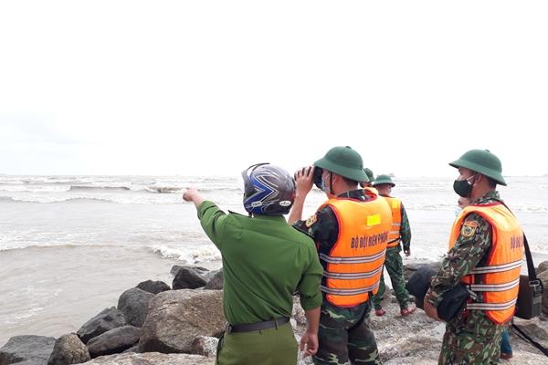 Quảng Ngãi khẩn trương tìm kiếm 3 ngư dân mất tích