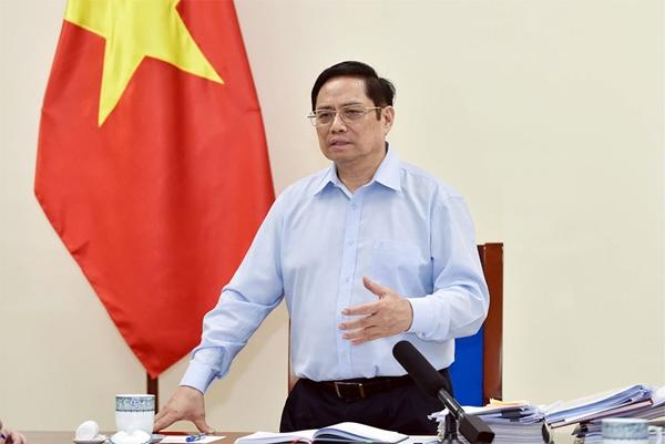 Thủ tướng yêu cầu ưu tiên vắc xin cho Sóc Trăng, Cà Mau, Phú Thọ, tập huấn Nghị quyết 128 và Quyết định 4800