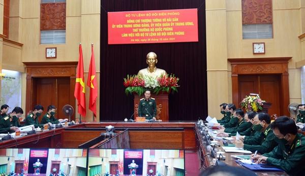 Thượng tướng Vũ Hải Sản làm việc với Bộ tư lệnh Bộ đội Biên phòng