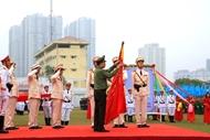 越南机动警察司令部荣获一级军功勋章