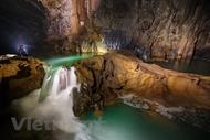 秀兰洞——充满自然的野性和神奇之美