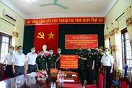 陈光方上将走访慰问金榜伤残军人疗养中心