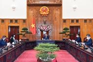 政府总理范明政会见罗马尼亚驻越南大使罗米拉