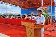 RoRo5612多功能运输船升旗仪式在海军第五区举行