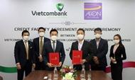 Vietcombank ລາວ ລົງນາມສັນຍາສິນເຊື່ອກັບ AEON ລາວ