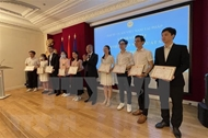 Excellent Vietnamese students in France honored