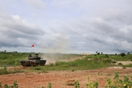 Lao tank team joins live-fire exercise