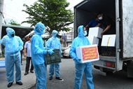 Military units and local authorities wholeheartedly help pandemic-hit people