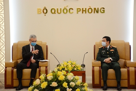 Vietnam - France defense cooperation to thrive