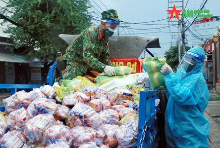 Division 9's troops assist southern localities in COVID-19 control