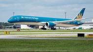 Vietnam Airlines raises charter capital to nearly 1 billion USD