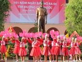 胡志明市隆重举行胡志明主席出国寻找救国之路101周年纪念活动