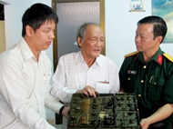 越南军事历史博物馆接收有关阮志清大将的文物